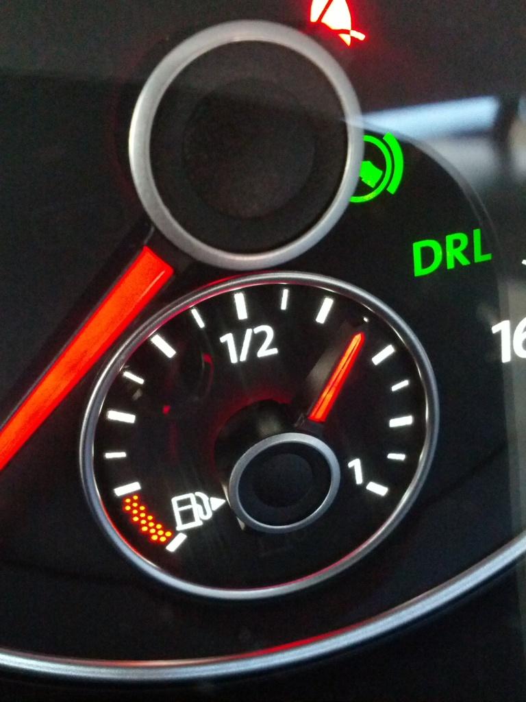 Fuel gauge in VW Passat