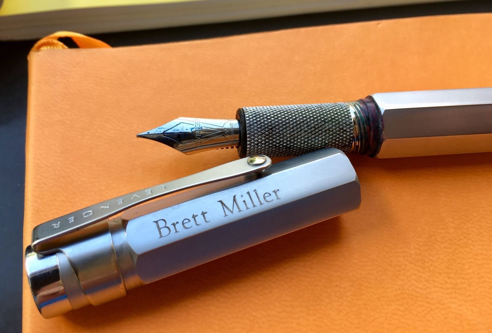 photo of an uncapped fountain pen